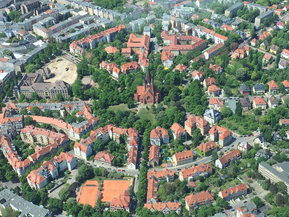 Rundflug über Halle (hier Paulusviertel)